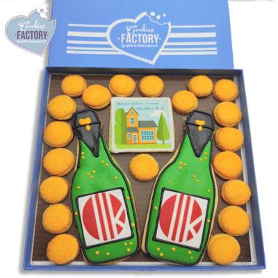 caja galletas personalizadas empresa logos navidad botellas