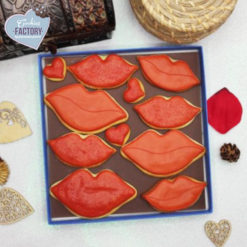 caja galletas personalizadas San Valentin besos rojos