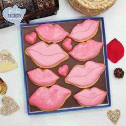 caja galletas personalizadas San Valentin besos rosa